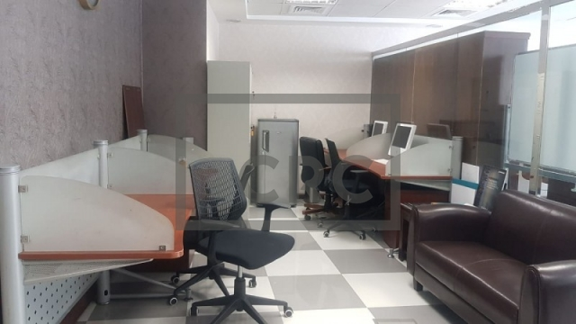 725 sq.ft. Office in Jumeirah Lake Towers, Jumeirah Bay X3 for AED 490,000