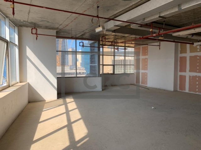 1,267 sq.ft. Office in Jumeirah Lake Towers, Mazaya Business Avenue Bb2 for AED 570,357