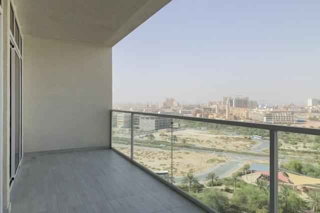 Zaya Hameni, Jumeirah Village Circle