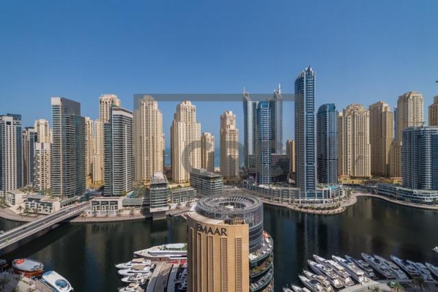 3,622 sq.ft. Office in Dubai Marina, Marina Plaza for AED 6,500,000