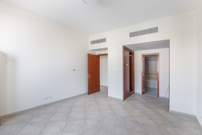 2 Bedroom Apartment For Sale in  Widcombe House 1,  Motor City | 5