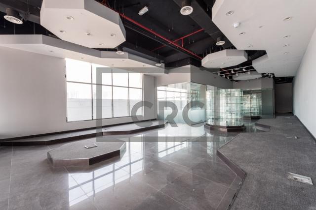 2,513 sq.ft. Retail in Al Garhoud, Al Nisf Building for AED 320,000