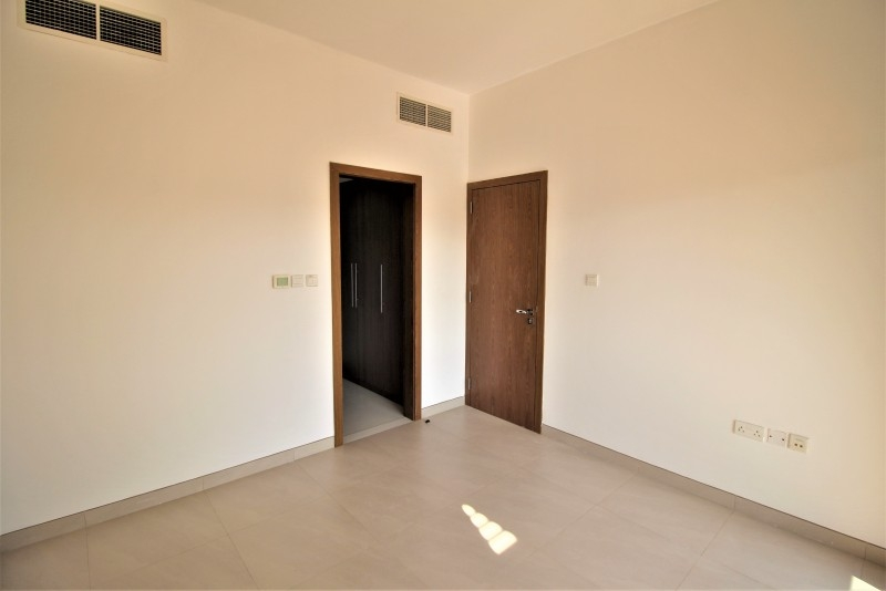 4 Bedroom Townhouse For Rent in  Lilac Park,  Jumeirah Village Circle | 3