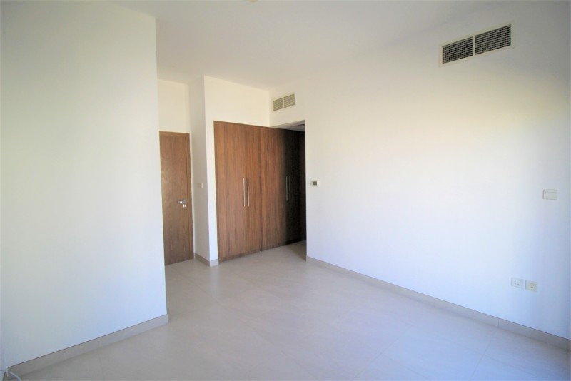 4 Bedroom Townhouse For Rent in  Lilac Park,  Jumeirah Village Circle | 13