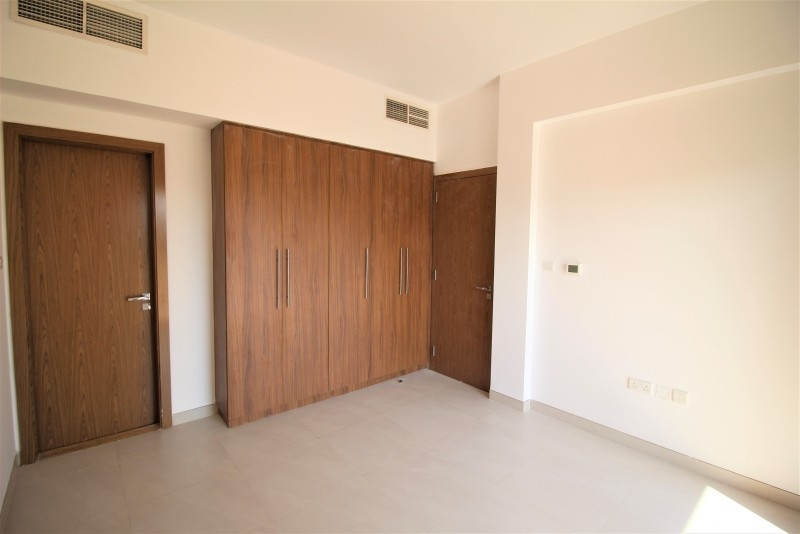 4 Bedroom Townhouse For Rent in  Lilac Park,  Jumeirah Village Circle | 8