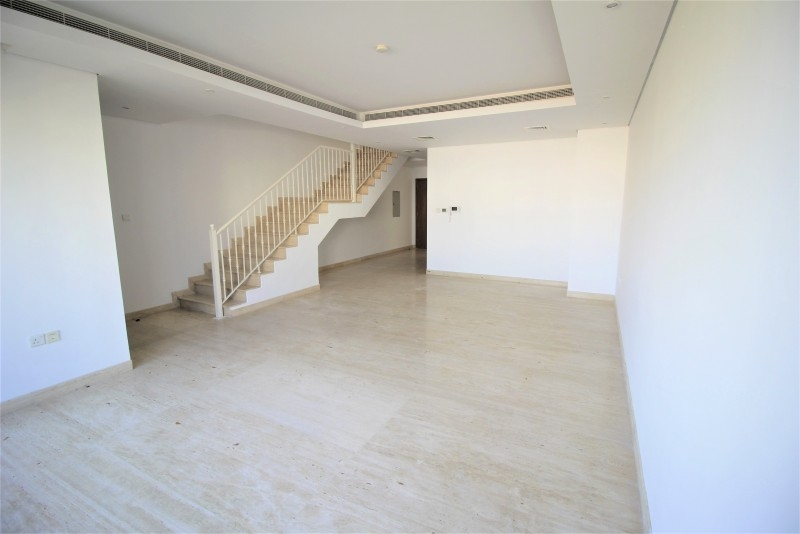 4 Bedroom Townhouse For Rent in  Lilac Park,  Jumeirah Village Circle | 0