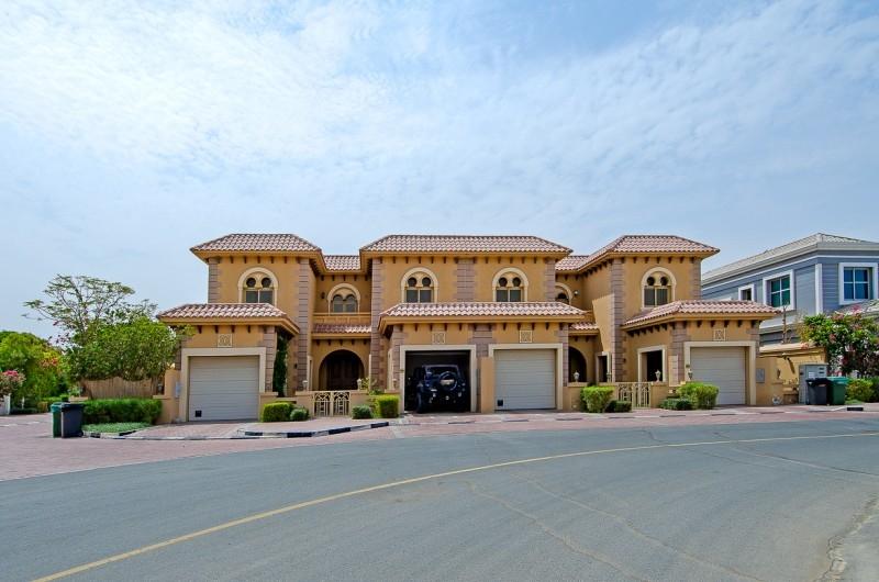 4 Bedroom Villa For Sale in  Andalusian Villa,  Falcon City of Wonders   14