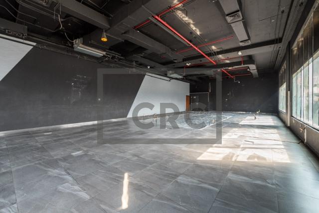 show room for rent in al garhoud, al nisf building   10
