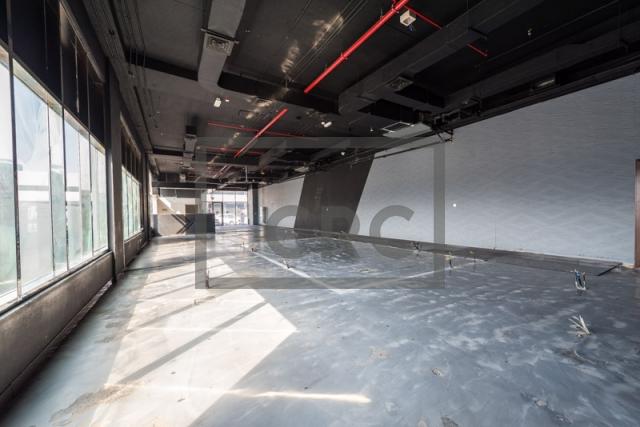 show room for rent in al garhoud, al nisf building   11