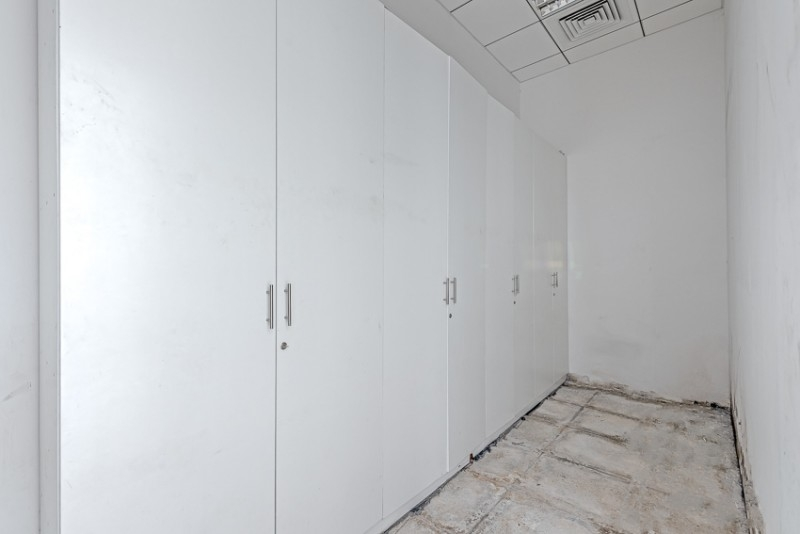 Studio Shop For Rent in  Al Ghazal Tower,  Al Khan | 3