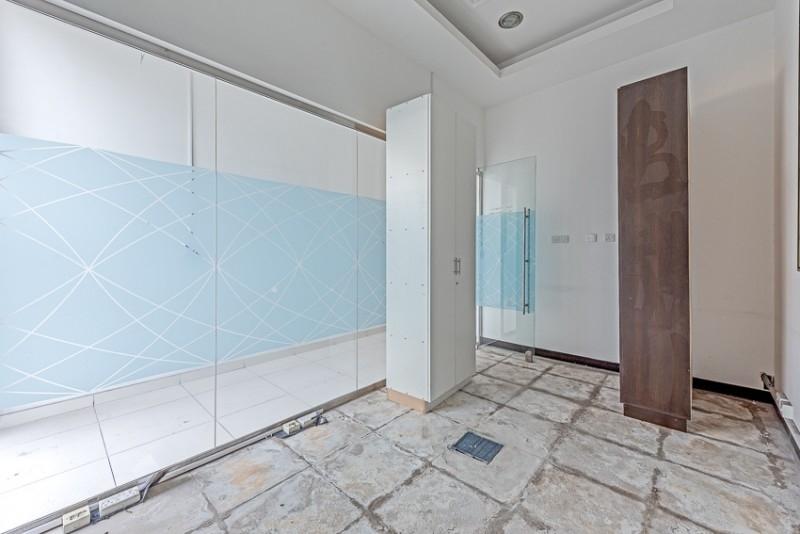 Studio Shop For Rent in  Al Ghazal Tower,  Al Khan | 4