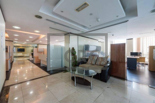 3,215 sq.ft. Office in Jumeirah Lake Towers, Jumeirah Bay X2 for AED 2,700,000