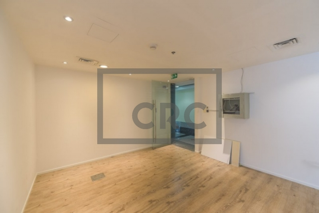 1,018 sq.ft. Office in Business Bay, Blue Bay Tower for AED 101,800