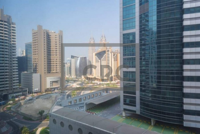 semi-furnished office for sale in barsha heights (tecom), grosvenor business tower | 12
