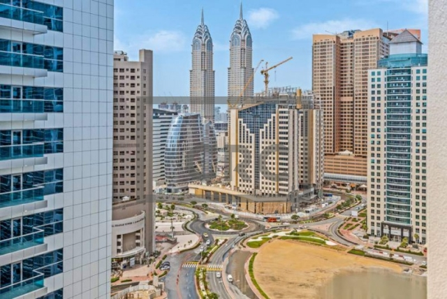 semi-furnished office for sale in barsha heights (tecom), grosvenor business tower | 15