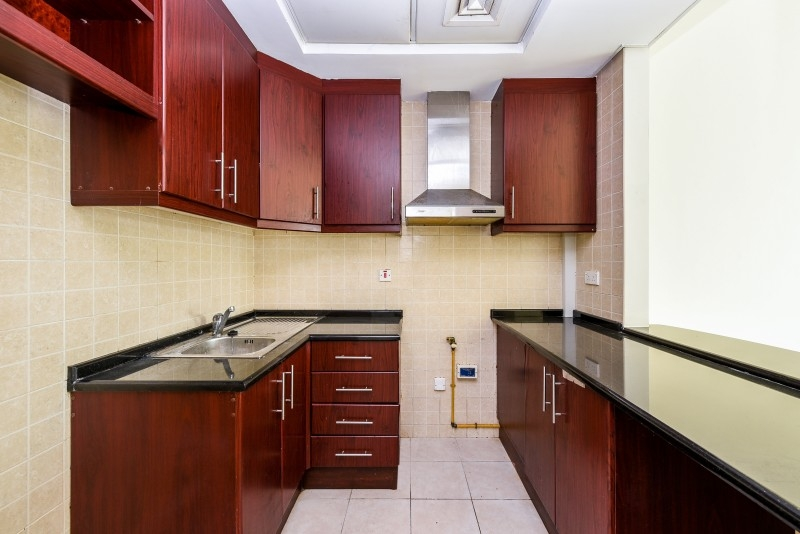 Studio Apartment For Sale in  Building 38 To Building 107,  Discovery Gardens   2