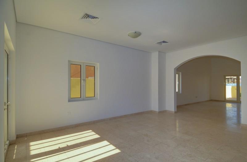 5 Bedroom Villa For Sale in  The Centro,  The Villa | 4