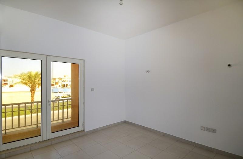 5 Bedroom Villa For Sale in  The Centro,  The Villa | 6