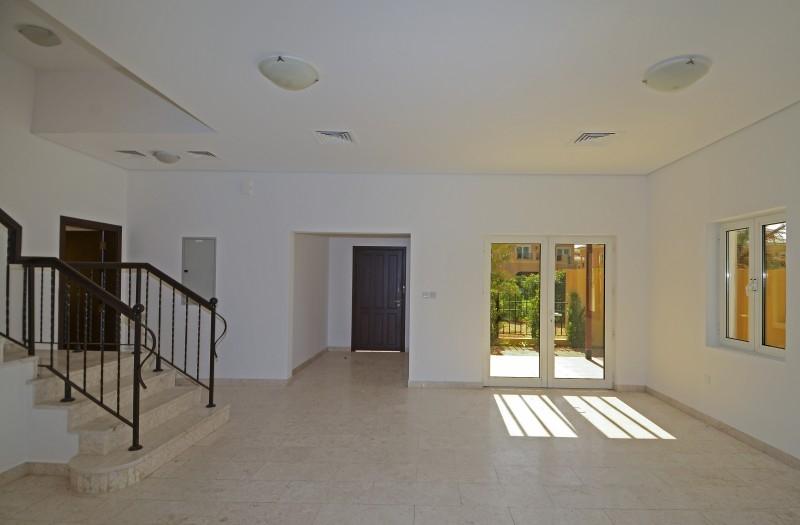 5 Bedroom Villa For Sale in  The Centro,  The Villa | 0