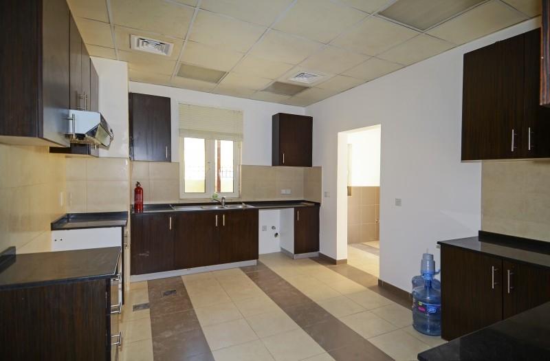 5 Bedroom Villa For Sale in  The Centro,  The Villa | 1