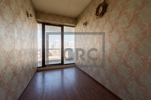 office for rent in karama, yellow building | 4