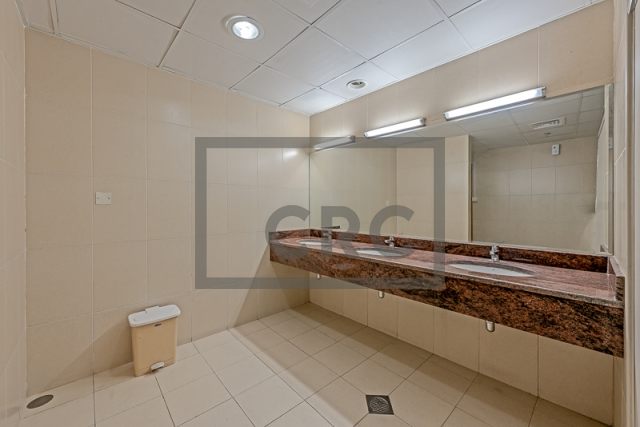 retail for rent in business bay, capital golden tower | 5