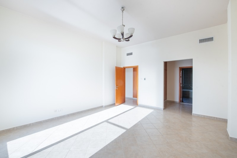 3 Bedroom Apartment For Sale in  Terraced Apartments,  Motor City   3