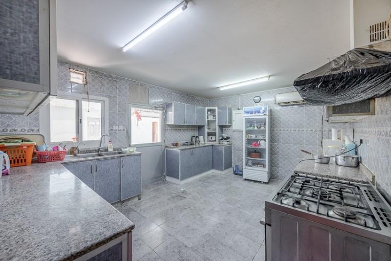 5 Bedroom Villa For Sale in  Umm Suqeim 3,  Umm Suqeim | 2