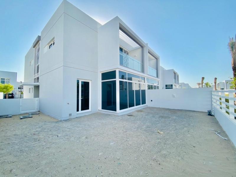 4 Bedroom Villa For Sale in  Arabella Townhouses 2,  Mudon   0