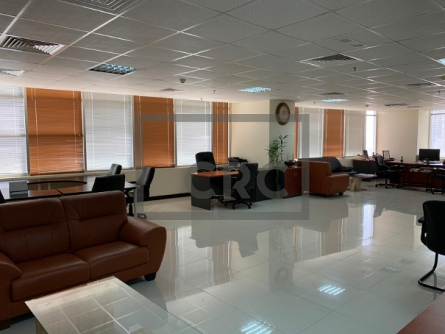 semi-furnished office for sale in jumeirah lake towers, mazaya business avenue bb2 | 3