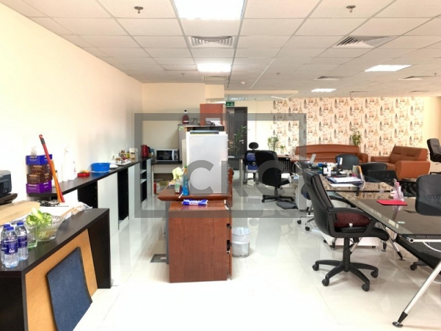 semi-furnished office for sale in jumeirah lake towers, mazaya business avenue bb2 | 1