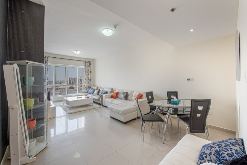 1 Bedroom Apartment For Sale in  Lakepoint,  Jumeirah Lake Towers   0