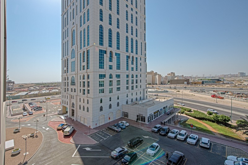 1 Bedroom Apartment For Sale in  Lakepoint,  Jumeirah Lake Towers   9