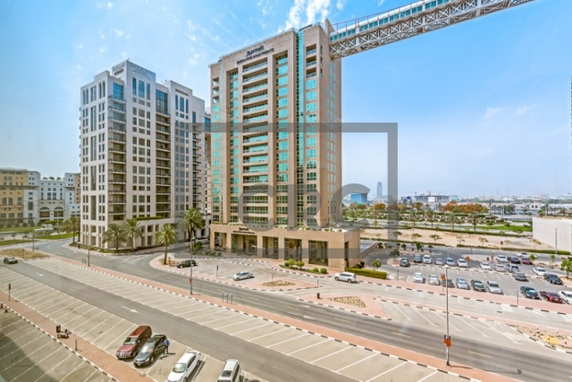 semi-furnished business center for rent in deira, port saeed   16