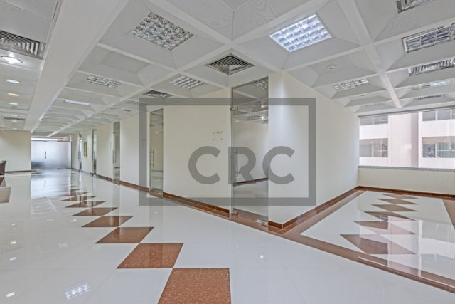 semi-furnished business center for rent in deira, port saeed | 4