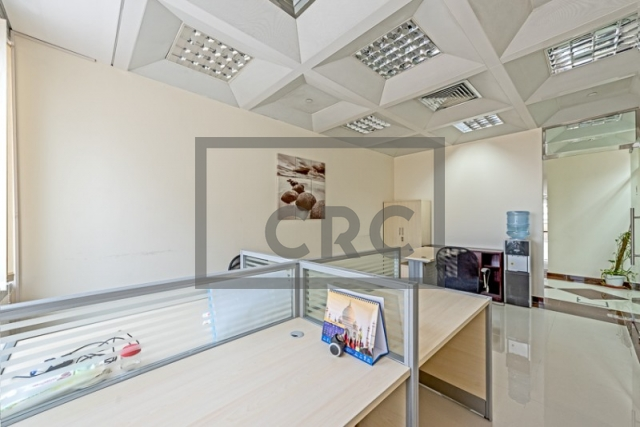 semi-furnished business center for rent in deira, port saeed | 8