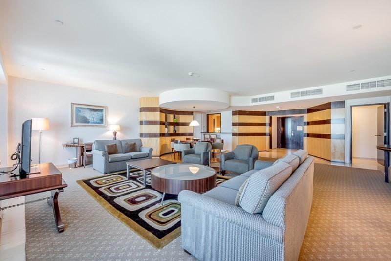 Shangri-la, Sheikh Zayed Road