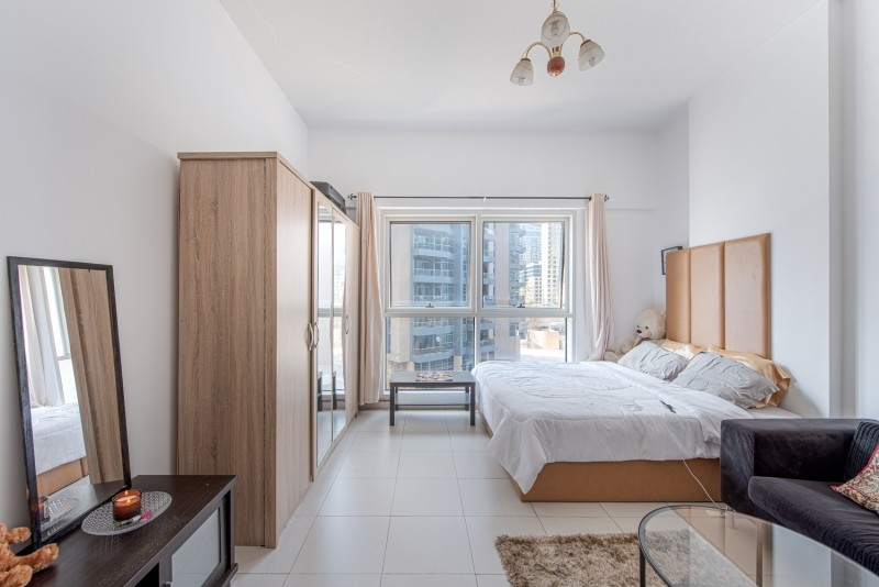 Studio Apartment For Sale in  Cascades,  Dubai Marina | 1