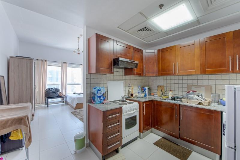 Studio Apartment For Sale in  Cascades,  Dubai Marina | 4