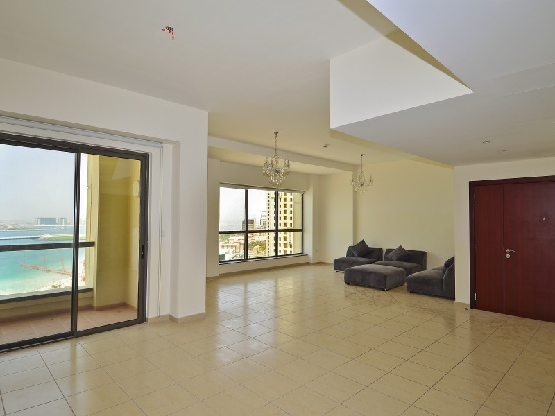 3 Bedroom Apartment For Sale in  Rimal 5,  Jumeirah Beach Residence | 2