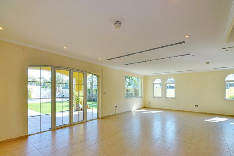 3 Bedroom Villa For Sale in  Legacy Large,  Jumeirah Park | 0
