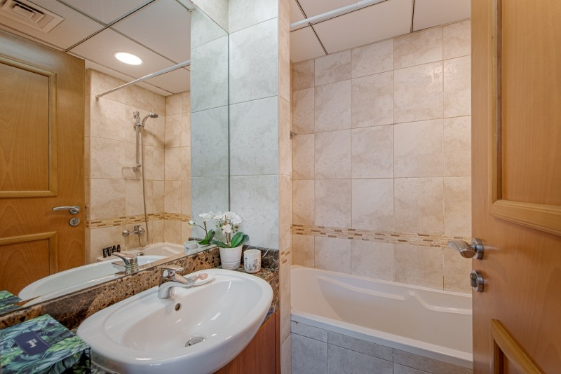 1 Bedroom Apartment For Short Term Rental in  Marina Residence B,  Dubai Marina | 9