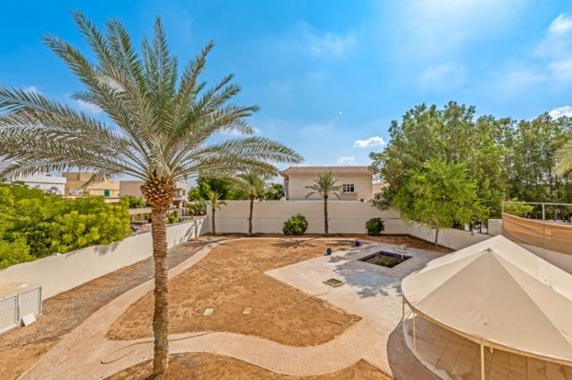 Al Manara Villas, Manara