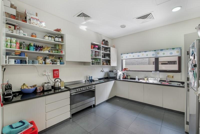 5 Bedroom Villa For Sale in  Brookfield 2,  DAMAC Hills (Akoya by DAMAC)   5
