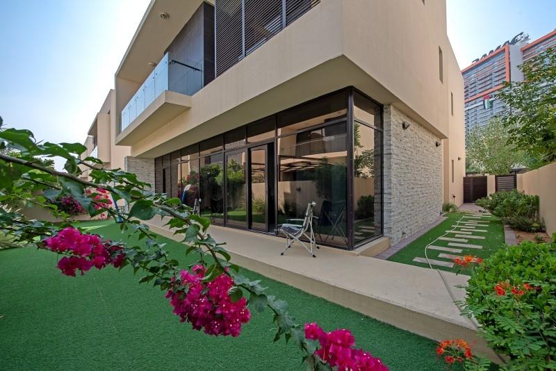 5 Bedroom Villa For Sale in  Brookfield 2,  DAMAC Hills (Akoya by DAMAC)   0