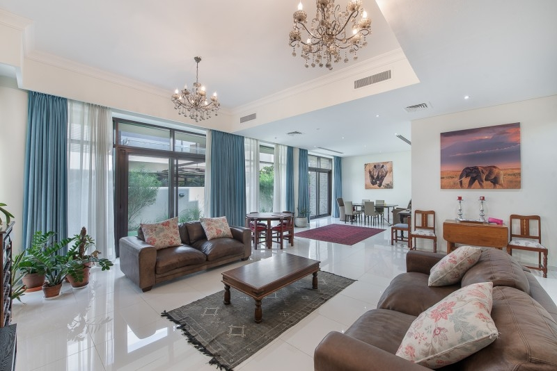 5 Bedroom Villa For Sale in  Brookfield 2,  DAMAC Hills (Akoya by DAMAC)   3