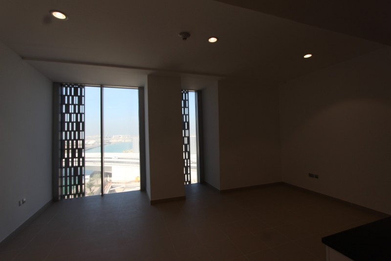Studio Apartment For Sale in  Cayan Tower,  Dubai Marina | 20