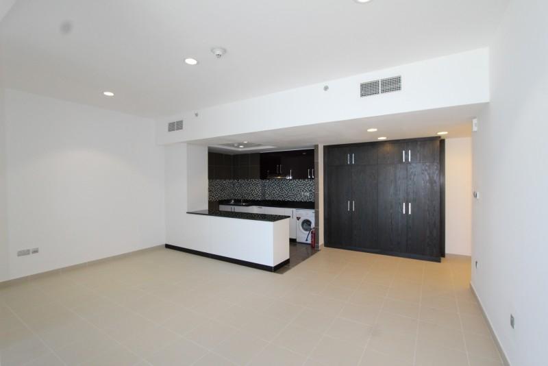 Studio Apartment For Sale in  Cayan Tower,  Dubai Marina | 1