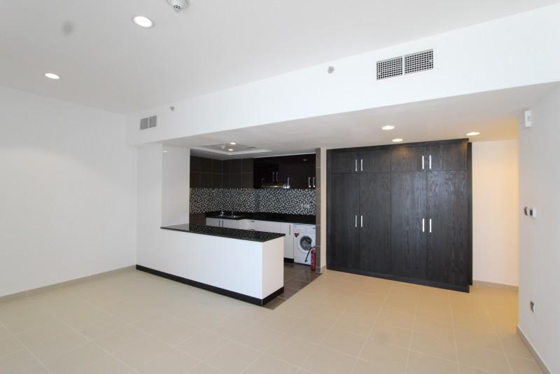 Studio Apartment For Sale in  Cayan Tower,  Dubai Marina | 6