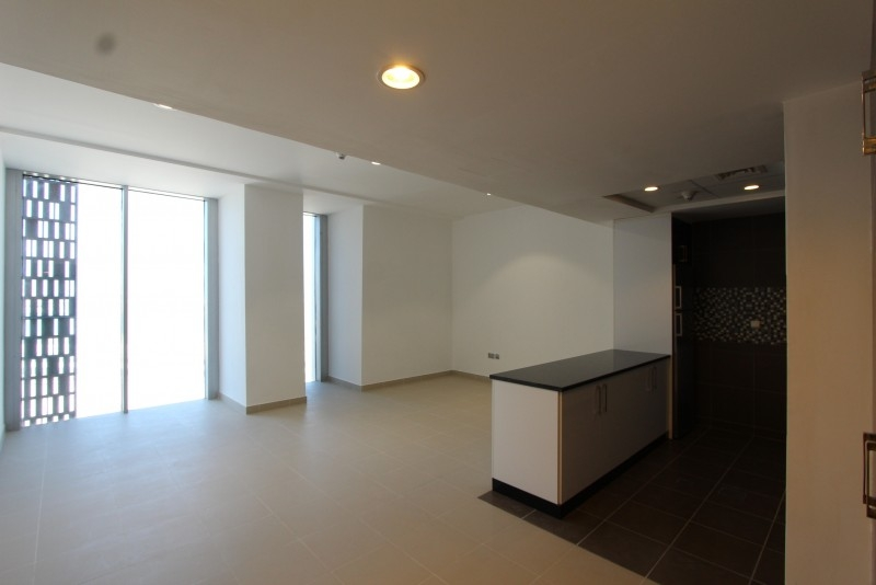 Studio Apartment For Sale in  Cayan Tower,  Dubai Marina | 14